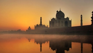 sunrise-in-taj-mahal-agra-1
